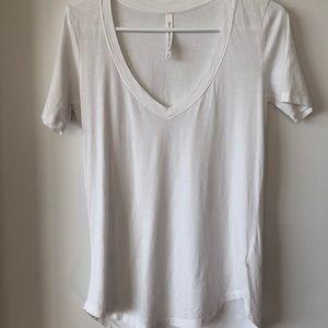 Aritzia / Babaton T-shirt